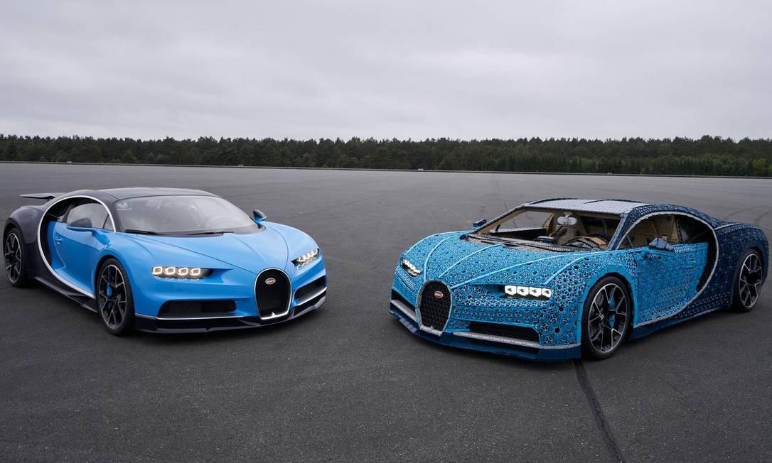 """Bugatti Chiron original e seu """"clone"""" de Lego Foto: Divulgação/Lego"""