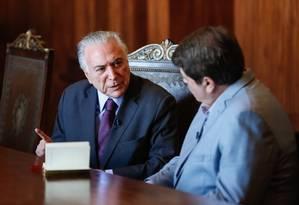 O presidente Michel Temer concede entrevista para José Luiz Datena Foto: Cesar Itiberê/Presidência