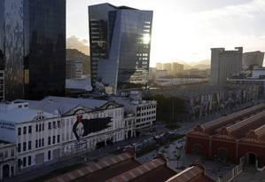 Avanço. Novos prédios e o Boulevard Olímpico, no Porto do Rio: área deve ganhar projeto Minha Casa Minha Vida Foto: Gustavo Miranda / Gustavo Miranda/01-02-2018