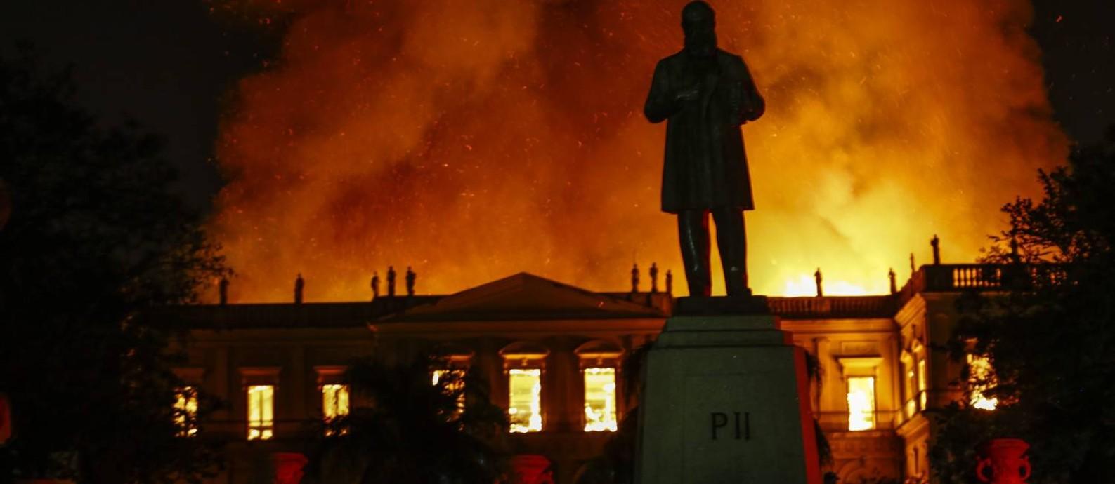 Museu Nacional na Quinta da Boa Vista pega fogo Foto: Uanderson Fernandes / Agência O Globo