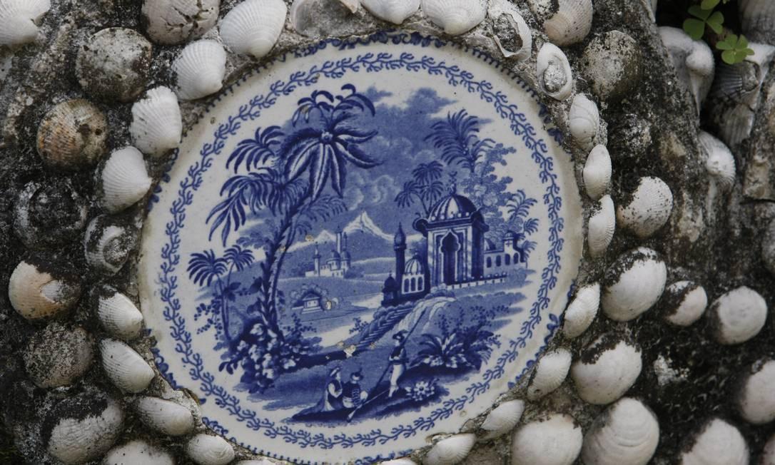 Bastidores do Museu Nacional: detalhe do banco do Jardim das Princesas Foto: Eduardo Naddar