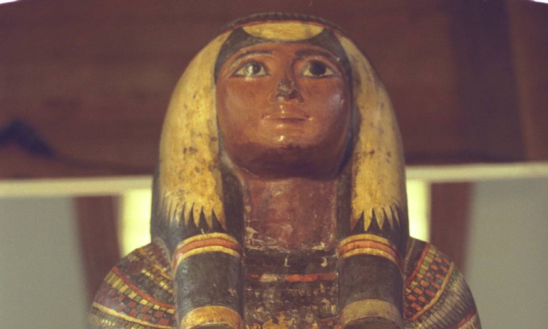 Com mais de três mil anos, múmia da sacerdotisa cantora Sha-amon-men-su foi dada por um Quediva grego ao imperador Pedro II Foto: Michel Filho / Agência O GLOBO