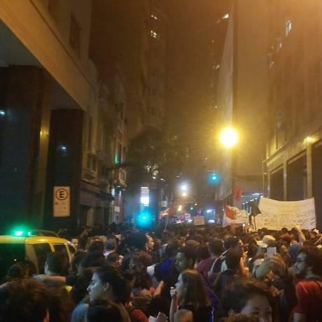 Manifestação no Centro do Rio Foto: Rafael Galdo / O Globo