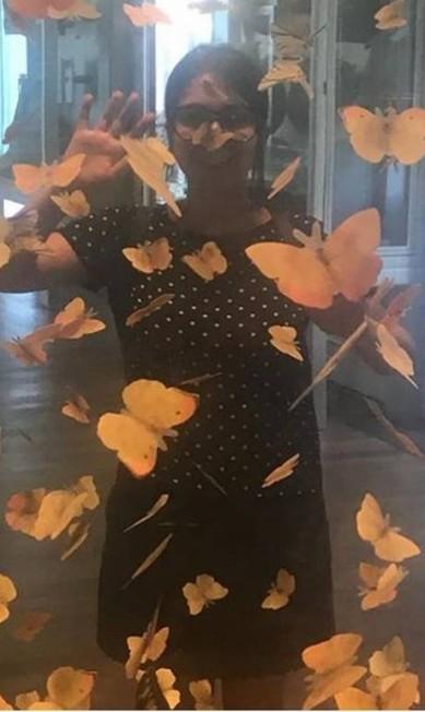 """Impressionada com a boa manutenção do acervo do museu, Paula Cardoso, estudante de veterinária, postou até o ingresso que ela comprou domingo, às 14h30, cinco horas antes do incêndio, """"Pior que eles faziam milagre lá, viu? Eatava tudo tão maravilhoso quanto como era quando eu era criança"""", contou. Reprodução / Redes Sociais"""