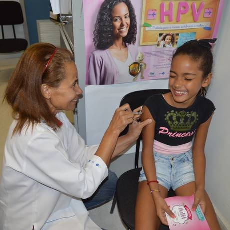 Vacina contra HPV aplicada em um posto de saúde de Queimados, no Rio de Janeiro Foto: Jéssica Moreira