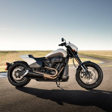 A FXDR é a grande aposta da Harley para seduzir jovens com hormônios em ebulição Foto: Divulgação