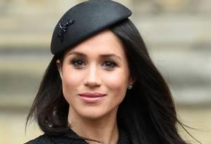 Meghan Markle, Duquesa de Sussex da família real britânica foi eleita a mais bem vestida do ano pela