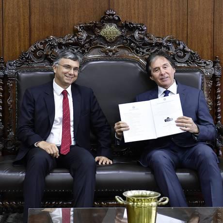 O ministro do Planejamento, Esteves Colnago, e o presidente do Senado,Eunício Oliveira (MDB-CE) Foto: Marcos Brandão/Senado Federal