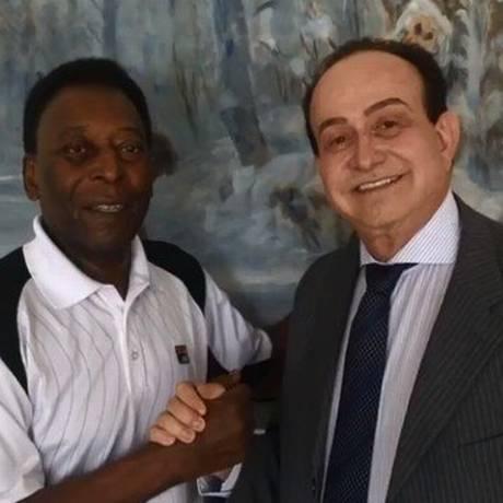 Eduardo Gomes de Azevedo é procurado pela Polícia Civil do Paraná Foto: Facebook/Reprodução