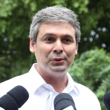 Senador Lindbergh Farias (PT), candidato à reeleição Foto: Marcos Alves / Agência O Globo