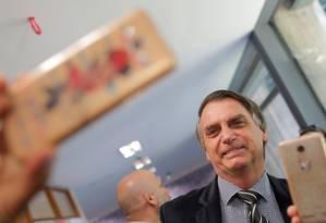 O candidato Jair Bolsonaro posa para foto no Congresso Nacional Foto: Adriano Machado / Reuters