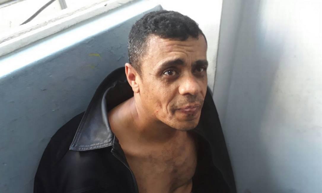 Suposto autor do ataque a facada em Bolsonaro Foto: Imagem dos grupos de WhatsApp