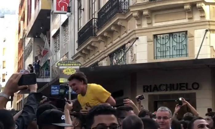 Bolsonaro foi atingido no centro de Juiz de Fora, em Minas Gerais Foto: Reprodução