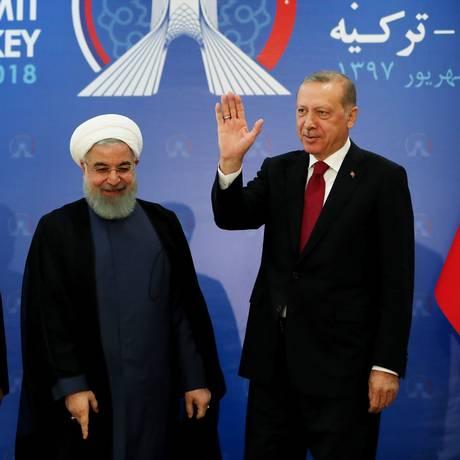 Presidentes de Rússia, Irã e Turquia se reúnem em cúpula para debater futuro do província síria de Idlib, onde se concentram rebeldes e extremistas Foto: HANDOUT / AFP