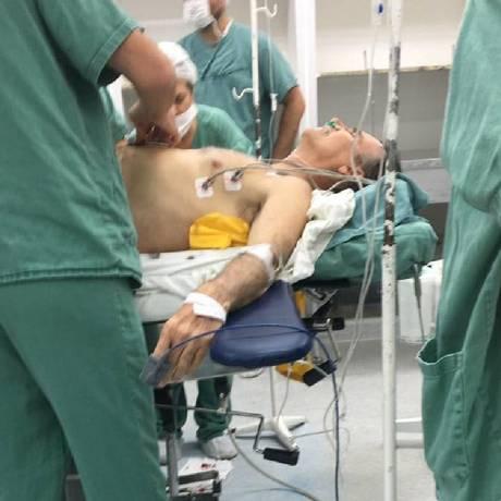 Foto de Bolsonaro operado em centro cirúrgico vaza nas redes sociais Foto: Reprodução / Agência O Globo