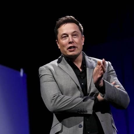 Ações da Tesla despencam após vídeo de Musk fumando maconha Foto: PATRICK T. FALLON
