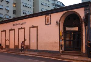 Fachada do Mercadinho São José Foto: Pedro Teixeira / Agência O Globo - 11/04/2012