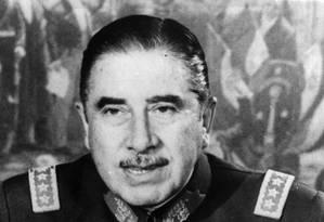 Há 45 anos, o general Augusto Pinochet comandava um golpe militar no Chile Foto: Getty Images