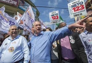 O candidato Ciro Gomes (PDT) fez campanha em Mauá, na Grande São Paulo Foto: Edilson Dantas / Agência O Globo