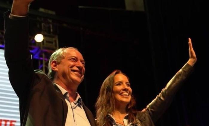 Ciro Gomes e a mulher, Giselle Bezerra Foto: Reprodução / Facebook
