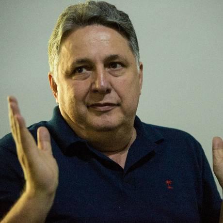 O candidato do PRP ao governo do Rio, Anthony Garotinho, durante entrevista Foto: Brenno Carvalho/Agência O Globo/05-09-2018