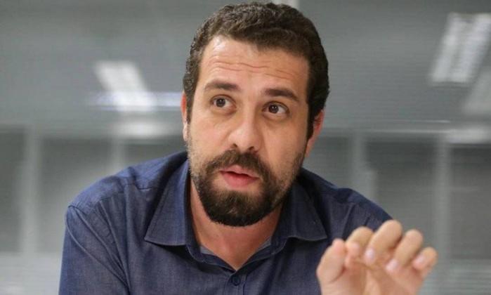O presidenciável do Psol, Guilherme Boulos Foto: Marcio Alves / Agência O Globo