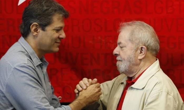 O ex-presidente Lula e o ex-prefeito de São Paulo Fernando Haddad Foto: Edilson Dantas / Agência O Globo