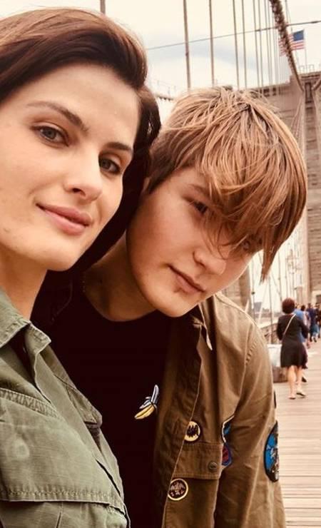 Zion e Isabeli: momento selfie Foto: Reprodução/ Instagram