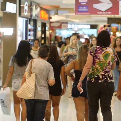 Especialistas comentam a importância do Código de Defesa do Consumidor Foto: Guilherme Pinto / Agência O Globo