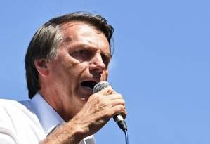 Jair Bolsonaro, candidato do PSL à presidência, tem rejeição de 49% entre as mulheres, segundo o instituto Datafolha Foto: AFP