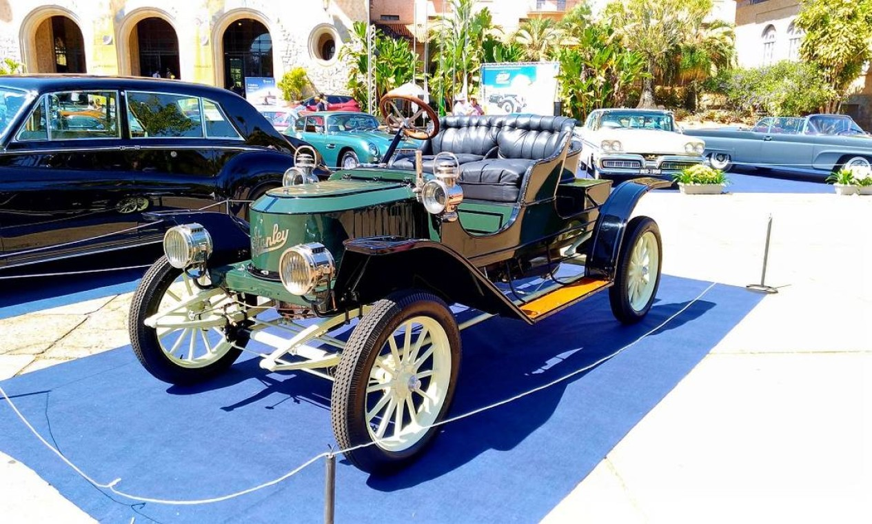 A marca dos EUA insistiu na produção de carros a vapor até 1924. O da foto é de 1910 Foto: Fabio Perrotta Jr. / Fabio Perrotta Jr.