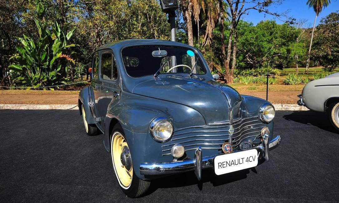 O Renault 4CV era um dos destaques da marca francesa no evento Foto: Doni Castilho / Divulgação