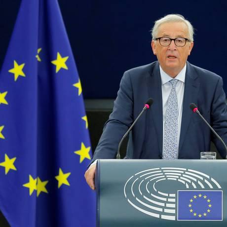O presidente da Comissão Europeia, Jean-Claude Juncker, em discurso no Parlamento Europeu nesta quarta-feira Foto: Vincent Kessler / REUTERS