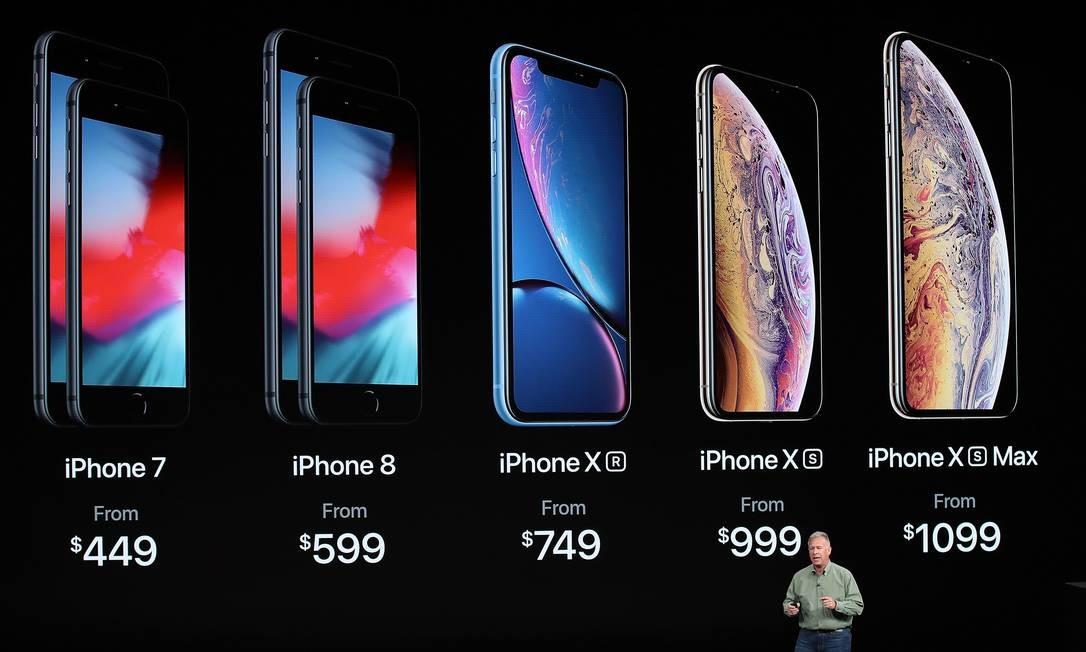 Phil Schiller, vice-presidente da Apple, apresentou os novos iPhones, em evento na Califórnia nesta quarta-feira JUSTIN SULLIVAN / AFP