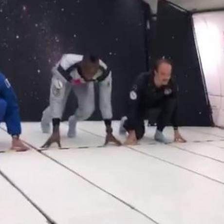 Bolt antes da largada com gravidade zero Foto: Reprodução