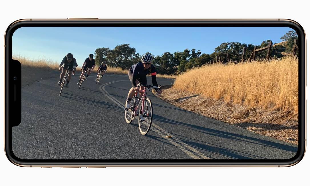iPhone Xs: Terá capacidade de 64GB, 256GB e 512GB nas cores cinza e prata a partir de US$ 999 nos EUA. Tela terá 5,8 polegadas Foto: Divulgação