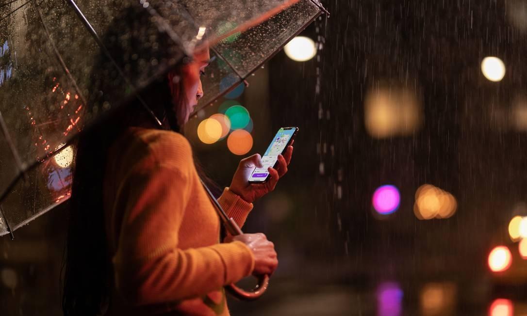 O iPhone Xs Max terá memória de 64GB a 512GB nas cores cinza, prata e acabamento de ouro. Preço a partir de US$$ 1.099 nos EUA. Tela terá 6,5 polegadas Foto: Divulgação