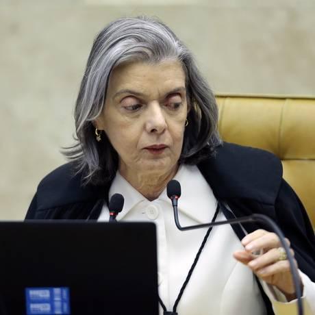 A ministra Cármen Lúcia preside sessão do Supremo Tribunal Federal (STF) Foto: Jorge William / Agência O Globo
