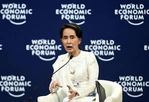 """Suu Kyi: """"Me pergunto quantas pessoas leram de fato o resumo do julgamento"""", disse a líder birmanesa Foto: YE AUNG THU / AFP"""