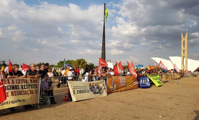 Protesto contra aumento do salário dos ministros do STF antecede posse de Dias Toffoli Foto: Gabriel Hirabahasi / Época