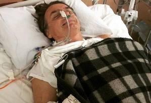 Bolsonaro voltou à UTI após a cirurgia realizada na noite desta quarta-feira Foto: Reprodução / Instagram