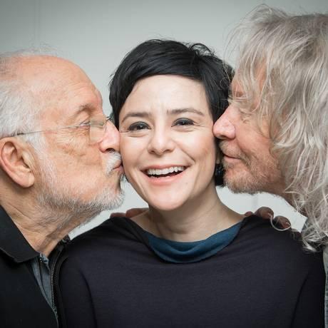 Roberto Menescal, Fernanda Takai e Marcos Valle apresentam 'O Tom da Takai' Foto: Divulgação/Quinho Mibach