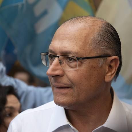 Geraldo Alckmin realiza atividade de campanha no Centro do Rio de Janeiro Foto: Leo Martins/Agência O Globo/13-03-2018