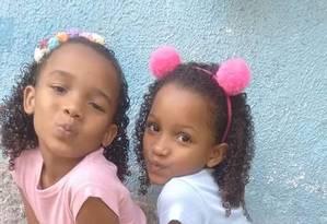 Meninas foram mortas junto com a avó na Cidade de Deus Foto: Facebook/Reprodução