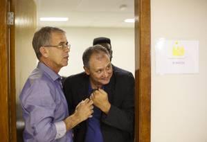O general Oswaldo Ferreira e o cientista politico Antonio Testa (à direita) durante reunião em Brasília Foto: Daniel Marenco/Agência O Globo/11-09-2018