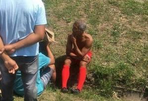 Romário no local do acidente Foto: Reprodução