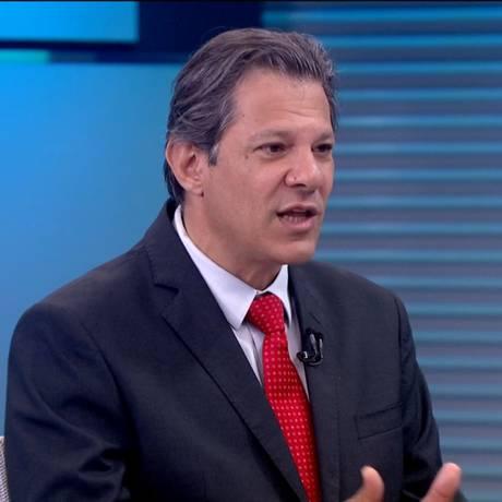 O candidato do PT à Presidência, Fernando Haddad, dá entrevista ao Jornal da Globo Foto: Picasa / Reprodução TV Globo