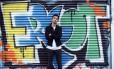Michael Brun posa em Nova York: o DJ foi consultado pelo Spotify para desenvolver uma ferramenta que permite a artistas diponibilizarem suas músicas diretamente no serviço de streaming Foto: TIMOTHY A. CLARY / AFP