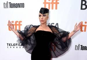 Lady Gaga promovendo