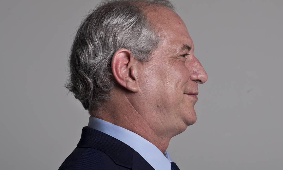 Ciro, que tentou negociar aliança com o PT, agora aparece empatado tecnicamente com o candidato do partido Fernando Haddad Foto: Márcia Foletto / Agência O Globo